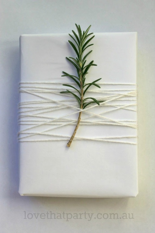 Simple White Christmas Gift Wrap Idea - Love That Party. www.lovethatparty.com.au